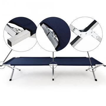 4 lits de camps avec housse de transport